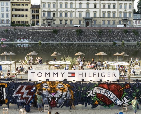 Tommy Hilfiger Beach Party